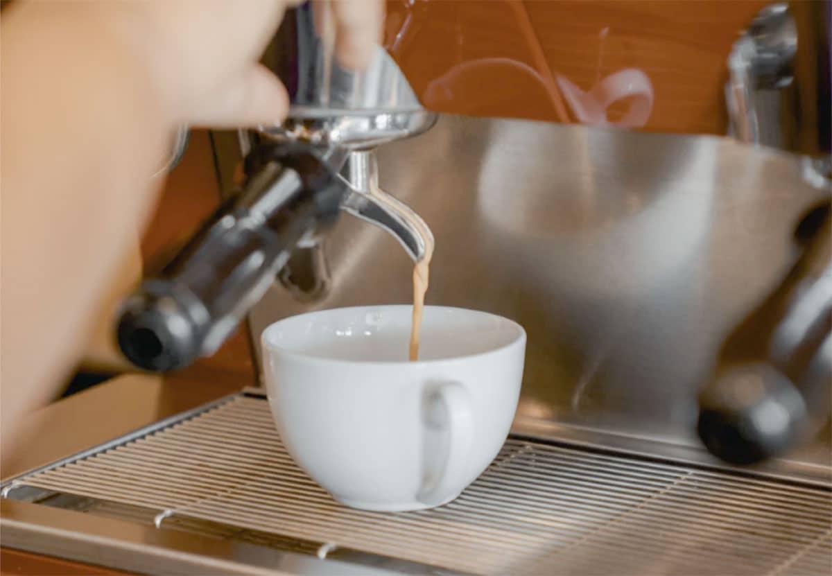 espresso pull shot